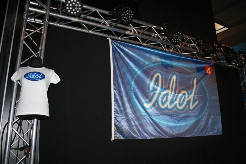 Idol, pic by AleWi (Creative Commons)